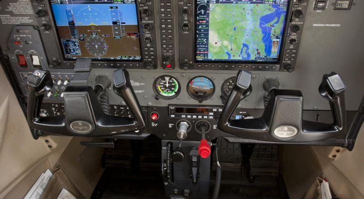 Cessna 172 G1000 (2006)   N6012U   RFS Aircraft