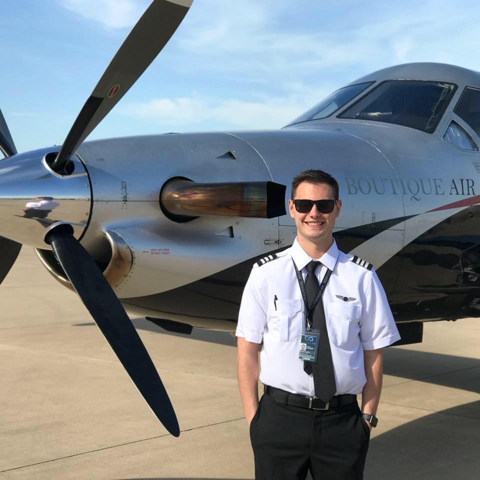 become a commercial pilot rainier flight service